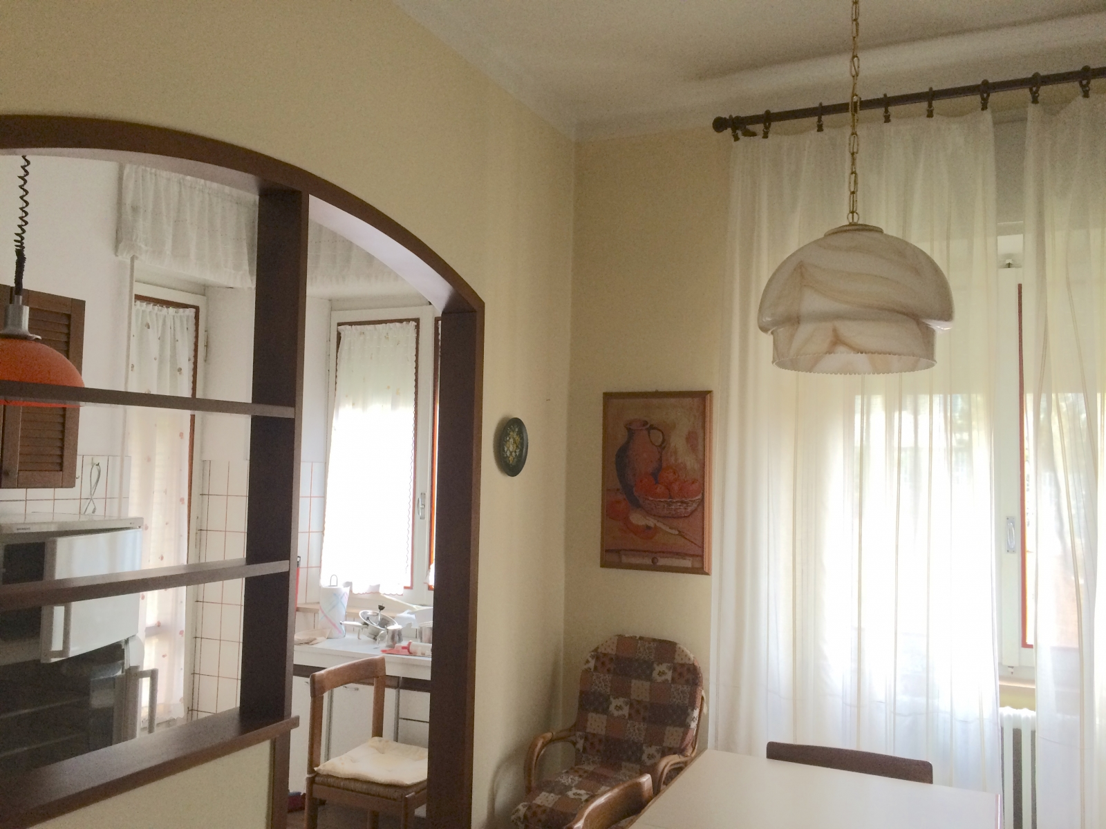 L 39 arco in cucina compro e vendo immobiliare loreto for Archi per interni appartamenti